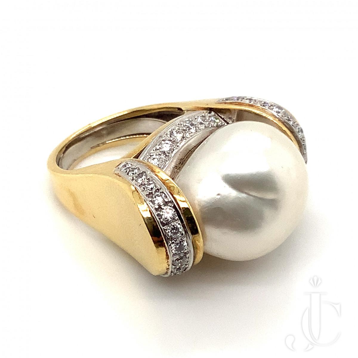 David Webb Pearl and Diamond Ring