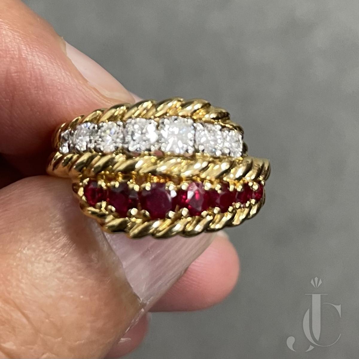 Van Cleef & Arpels Ruby and Diamond Ring in 18KT YG