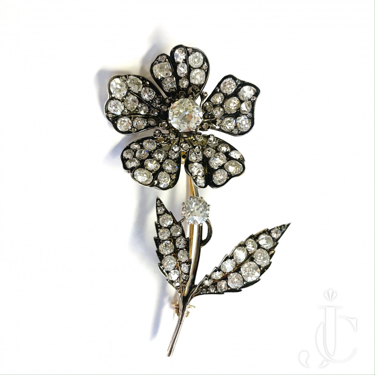 Diamond Flower Tremblent Brooch