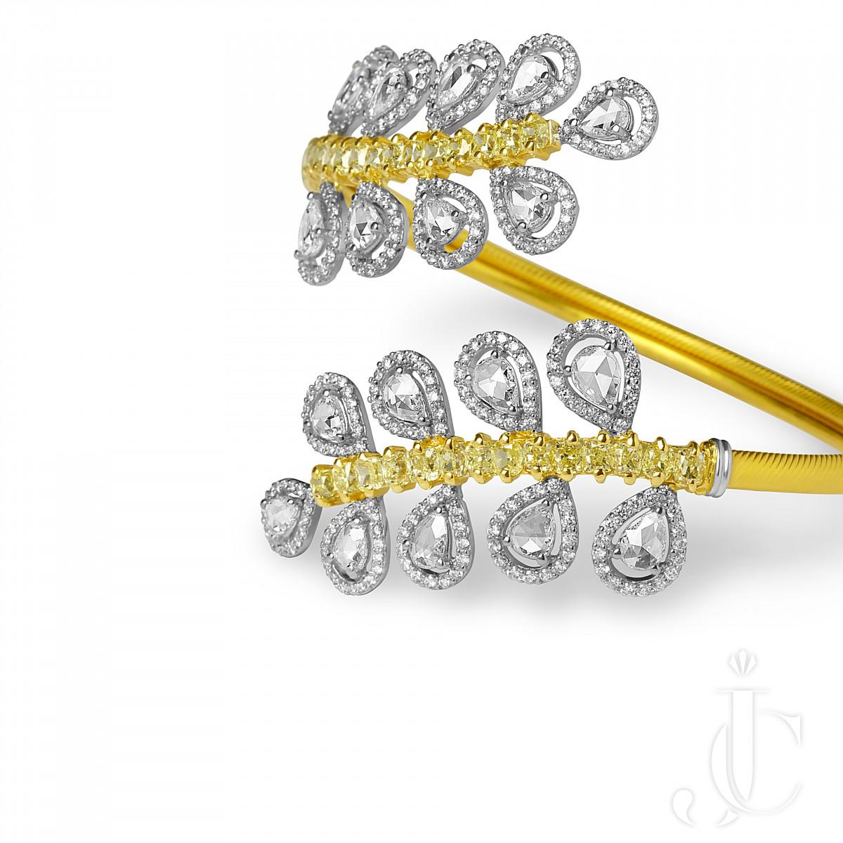 Rose Cut Spring Bracelet