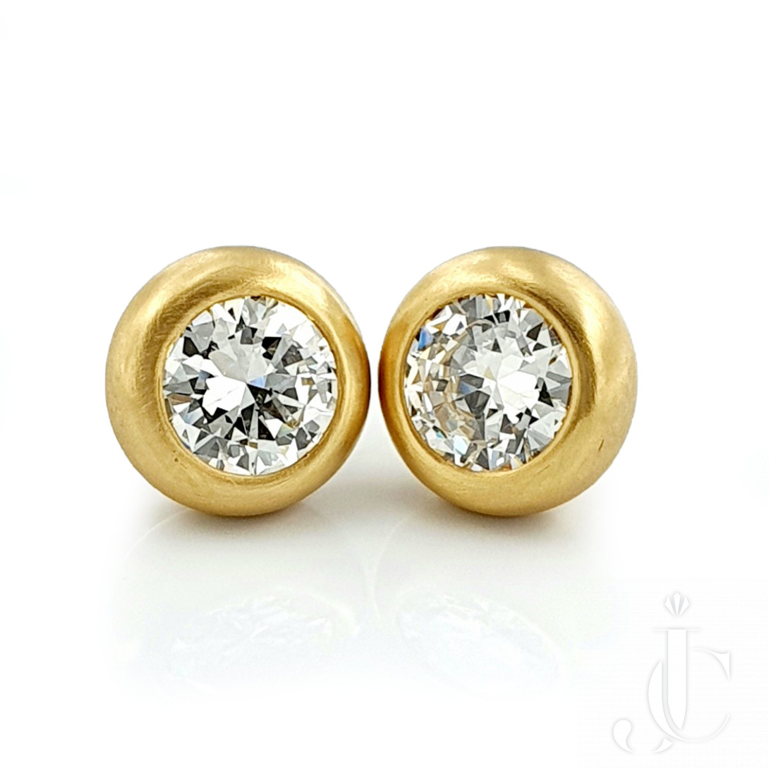 Diamond Studs in Brushed Gold