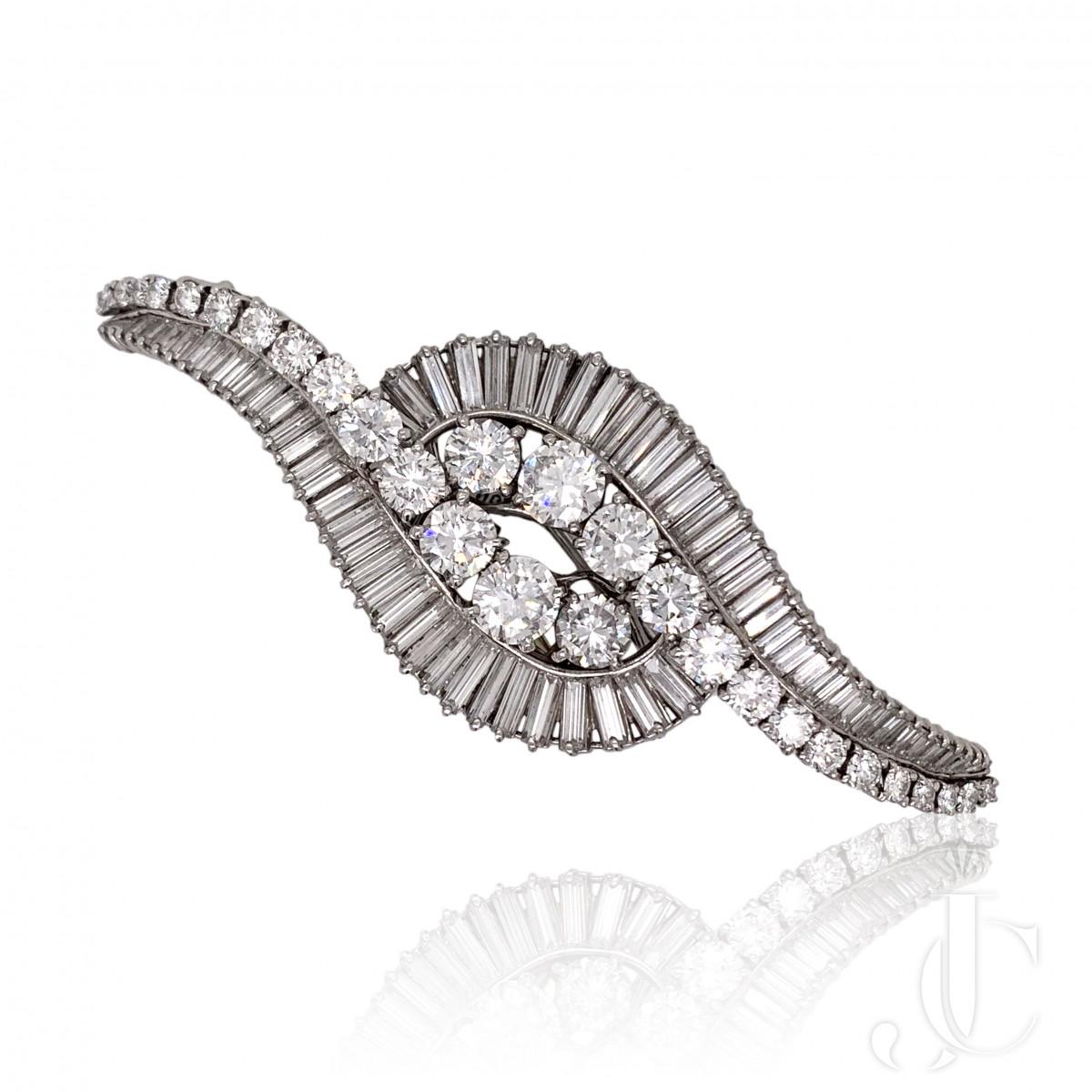 1950s Boucheron Platinum Diamond Double Clips
