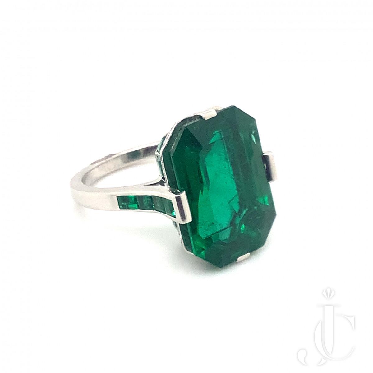 10.60ct Zambian Emerald Ring