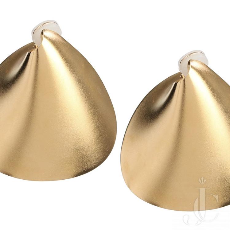 JAR ear clips