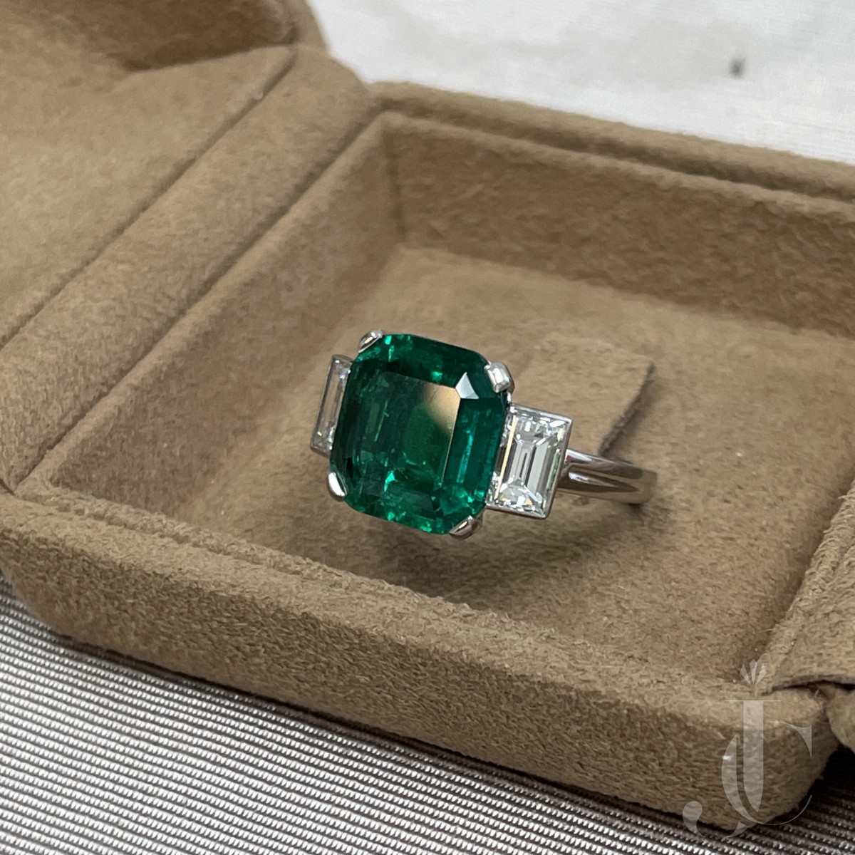 Old Mine Colombian Emerald Ring